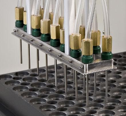 Fixturing AccuFlo Hi/Performance nozzles; MicroBlasting, nozzle fixtures