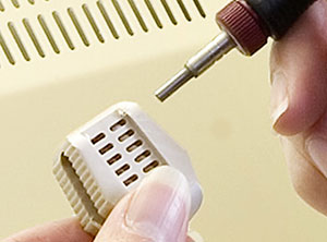 Deburr precisely with MicroBlasting